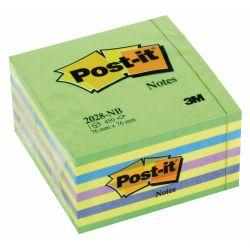 Bloc notas adhesivas en cubo